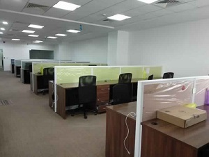 Office space for rent in Hoechst House, Mumbai.